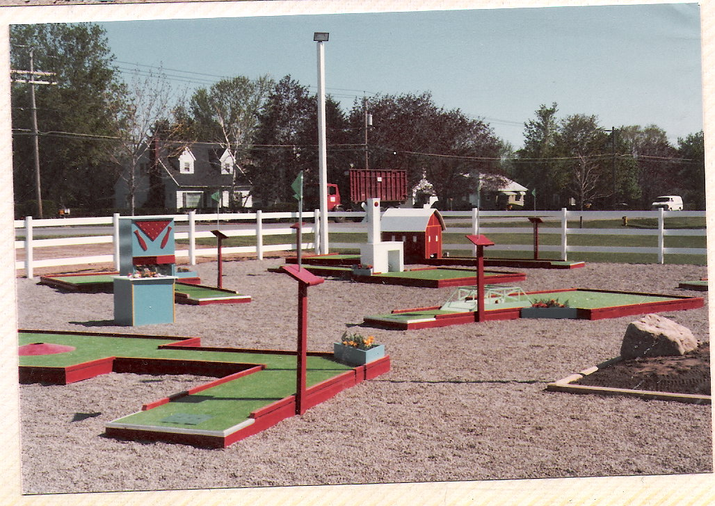 color mini golf